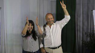Mariela Ponce y Miguel Ruberto en la sede del Partido Justicialista de Paraná.