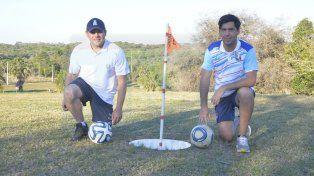Organizadores. Gustavo Heinze y Alejandro Carril dieron detalles de una competencia que se jugará durante el fin de semana en los bellísimos links del Club Atlético Estudiantes.