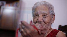 paula, la abuela de 95 anos que cura de palabra a los jugadores de patronato