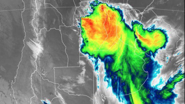 Entre Ríos continúa bajo alerta meteorológico