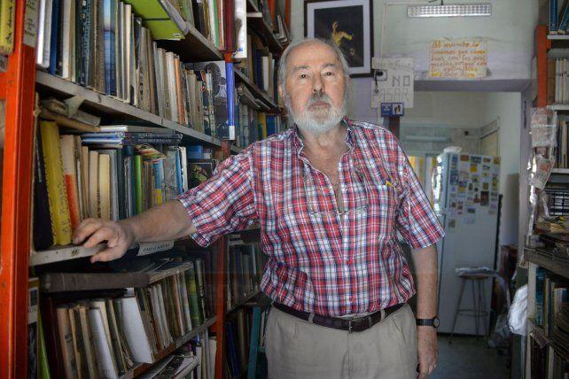 Corolario de una época: el mayor refugio de libros usados de la región baja sus persianas