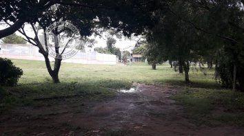 el agua alcanzo 80 centimetros en viviendas del barrio parana xiv