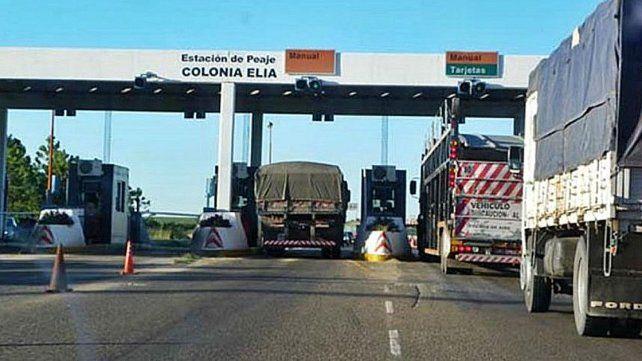 El Gobierno aumentó los peajes de la ruta nacional 14 y del puente a Rosario