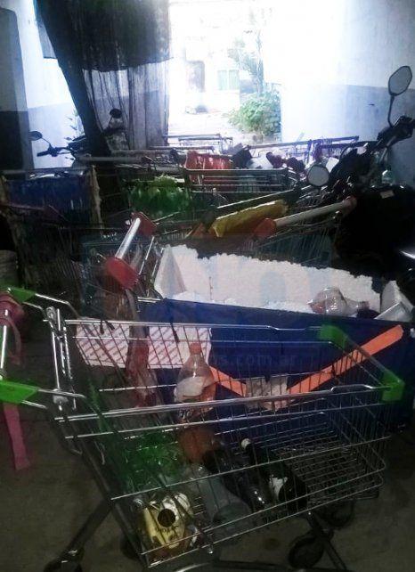 La Policía secuestró 36 carros de supermercados cargados con bebidas alcohólicas en el #UPD2019