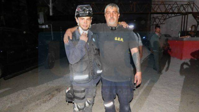 Matías y Javier Perrone viajaron a Rosario para ayuda en a tragedia del escape de gas del edificio de calle Salta.