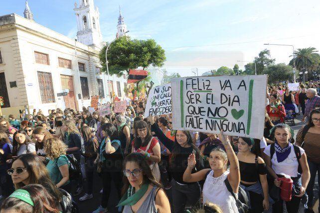 Las mujeres pidieron mayor equidad y políticas para frenar los femicidios