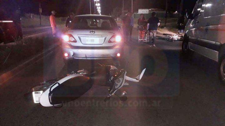 Dos motos y un auto chocaron en avenida Almafuerte y Circunvalación
