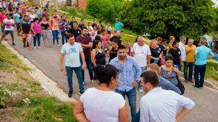 En el barrio. Desde el sector del jefe comunal se remarcó que los vecinos reconocen la tarea municipal.