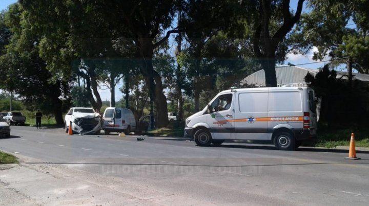 Dos heridos en violento choque en calle Almafuerte