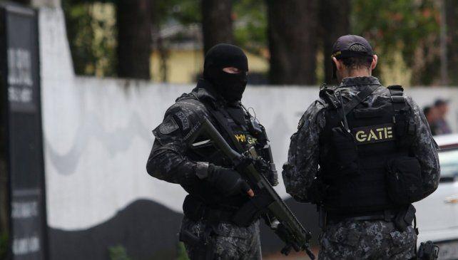 Al menos 10 muertos y 17 heridos en un tiroteo en una escuela de San Pablo