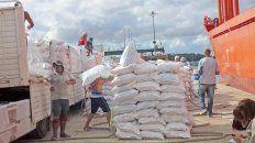 un embarque dejo mas de 3 millones de pesos para los trabajadores portuarios
