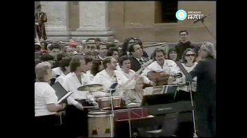 el dia que el coro estable de concordia le canto al papa juan pablo ii