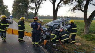 Frontal. Se cree que el femicida provocó el accidente que dejó lesionado al camionero.