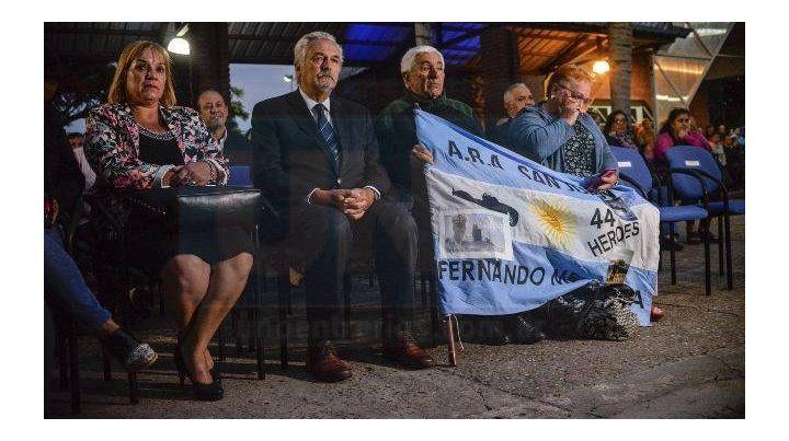 Se compuso en la Policía la marcha a los tripulantes del Ara San Juan