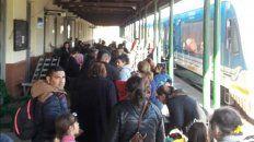 el paro de colectivos revitalizo el viaje en tren parana - colonia avellaneda
