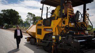 Avanza la pavimentación de calles de la zona oeste de Paraná