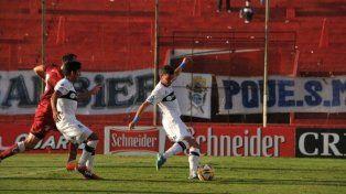El partido se jugó en la cancha de Unión de Santa Fe.