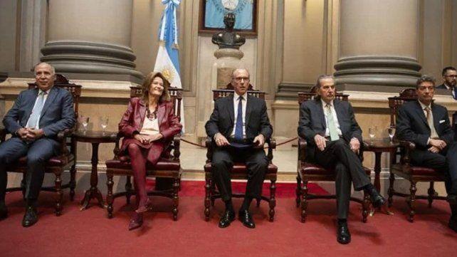 La Corte Suprema rechazó las reelecciones en Río Negro y La Rioja