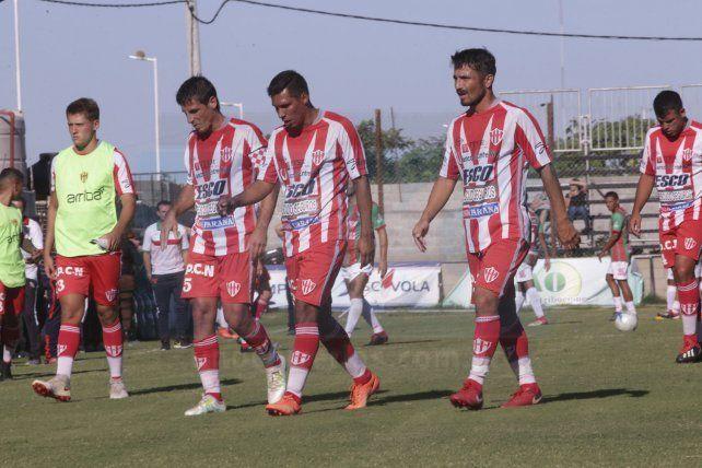Atlético Paraná se despidió del Federal A con una derrota
