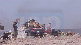 Una máquina chocó a un joven en el Volcadero Municipal de Paraná