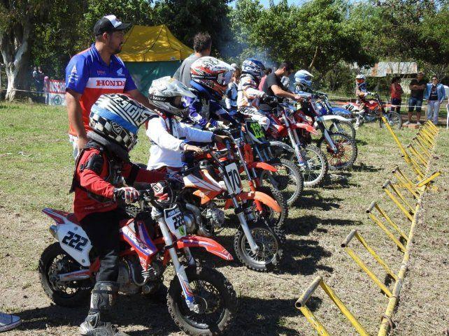 La categoría Mini Cross debutó enAldea San Antonio.
