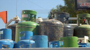 A partir del lunes el costo del tubo de gas de 45 kilos sufrirá un fuerte incremento