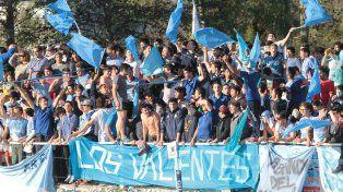 Los Valientes en el último partido en La Tortuguita.