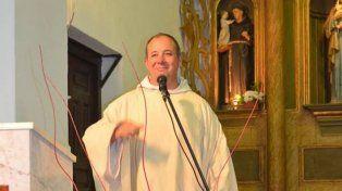 Pidió un préstamo por Facebook para poder solventar los gastos de la parroquia
