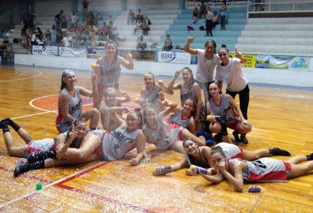 Pancho Ramírez campeón del Entrerriano Femenino U15