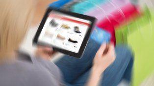 Las ventas minoristas Pymes cayeron 13%2 en locales y crecieron 8,1% online