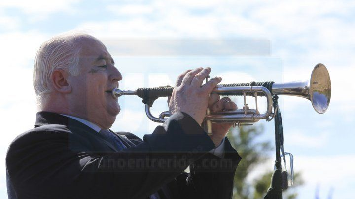 Omar Tabarez, el trompetista de Malvinas al que un soldado escocés le devolvió su instrumento