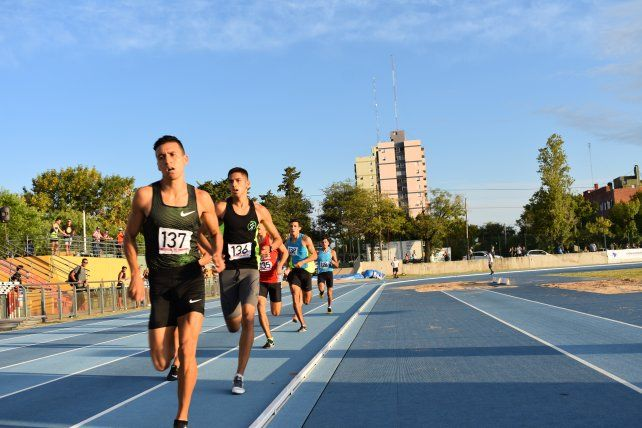 Gran nivel. La pista de atletismo fue testigo de las excelentes producciones de los atletas participantes.
