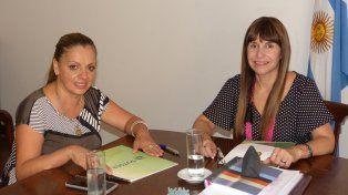 Reunión. Arquiel y Velázquez dieron información sobre los cursos.