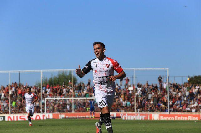Mirá los dos goles y la atajada de Seba Bértoli que deja al Negro en Primera