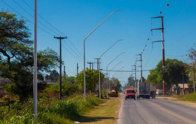 Comenzó la obra de iluminación de calle Miguel David hasta el Parque Industrial