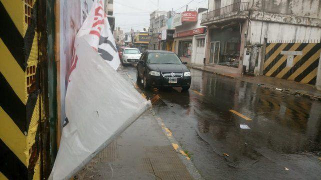 El pasacalle en calle Perú.