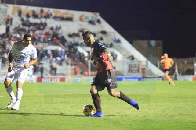 Fue empate en la ida jugada en Paraná.