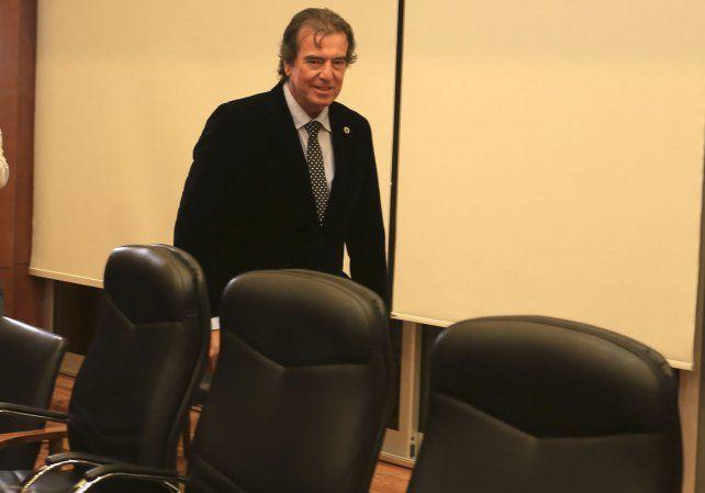 Castrillón aceptó que en la radio municipal habló sobre las fumigaciones.
