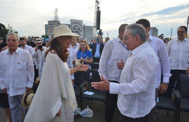 Un tribunal autorizó a Cristina Kirchner a viajar a Cuba para visitar a Florencia