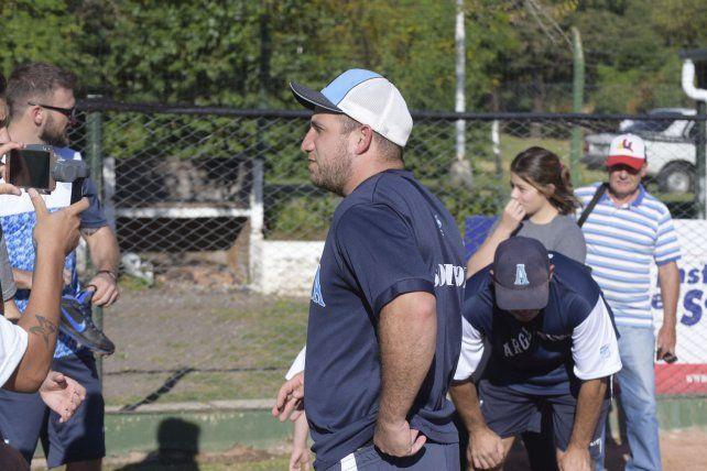 Bruno Motroni el catcher de la Selección Argentina.