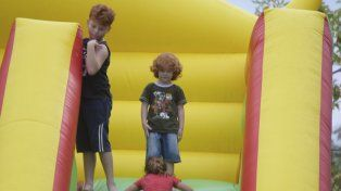 El inflable gigante es una buena opciones para los más chicos.