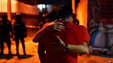 un grupo comando entro a los balazos a una fiesta: hay 13 muertos