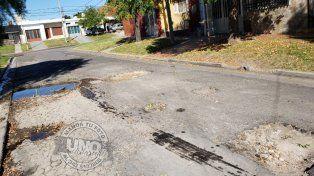 Deplorable estado del asfalto en cortada 29 de Septiembre