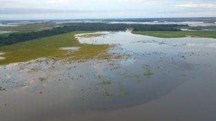 Inundaciones en Chaco: Mueren electrocutados un padre y su hijo
