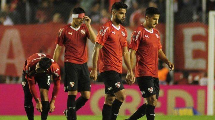 El lamento de los jugadores de Independiente.