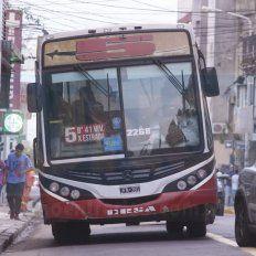 Tarifas. El servicio de colectivos tiene distintos tipos de subsidios. La tarifa plana, que subió a 20 pesos, corresponde a menos de la mitad de los viajes diarios.