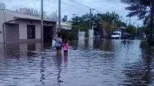 Dos muertos y miles de afectados por inundaciones en Chaco, Corrientes y Formosa