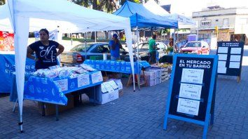 miercoles de mercado en tu barrio en la peatonal