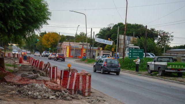 Continúa el ensanche de calzada en corredor vial de acceso al Parque Industrial