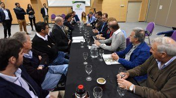 bordet y productores citricolas acuerdan medidas para sostener fuentes de trabajo